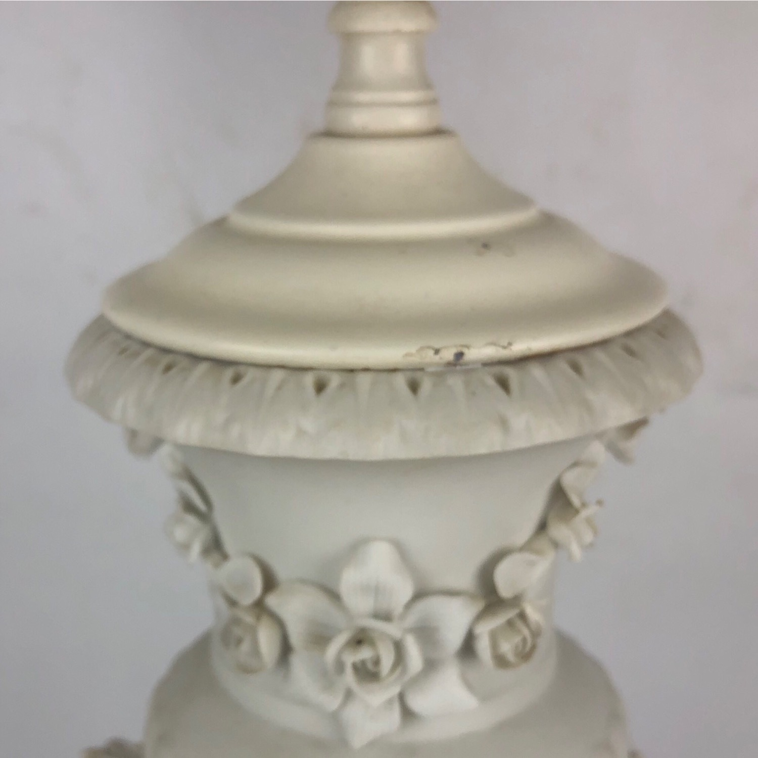 Antique Style Figural Table Lamp - image-6