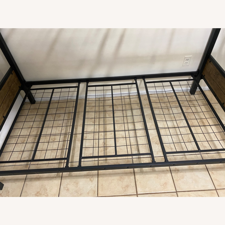 Furniture of America Industrial Metal Wood Twin Bunk Bed - image-4