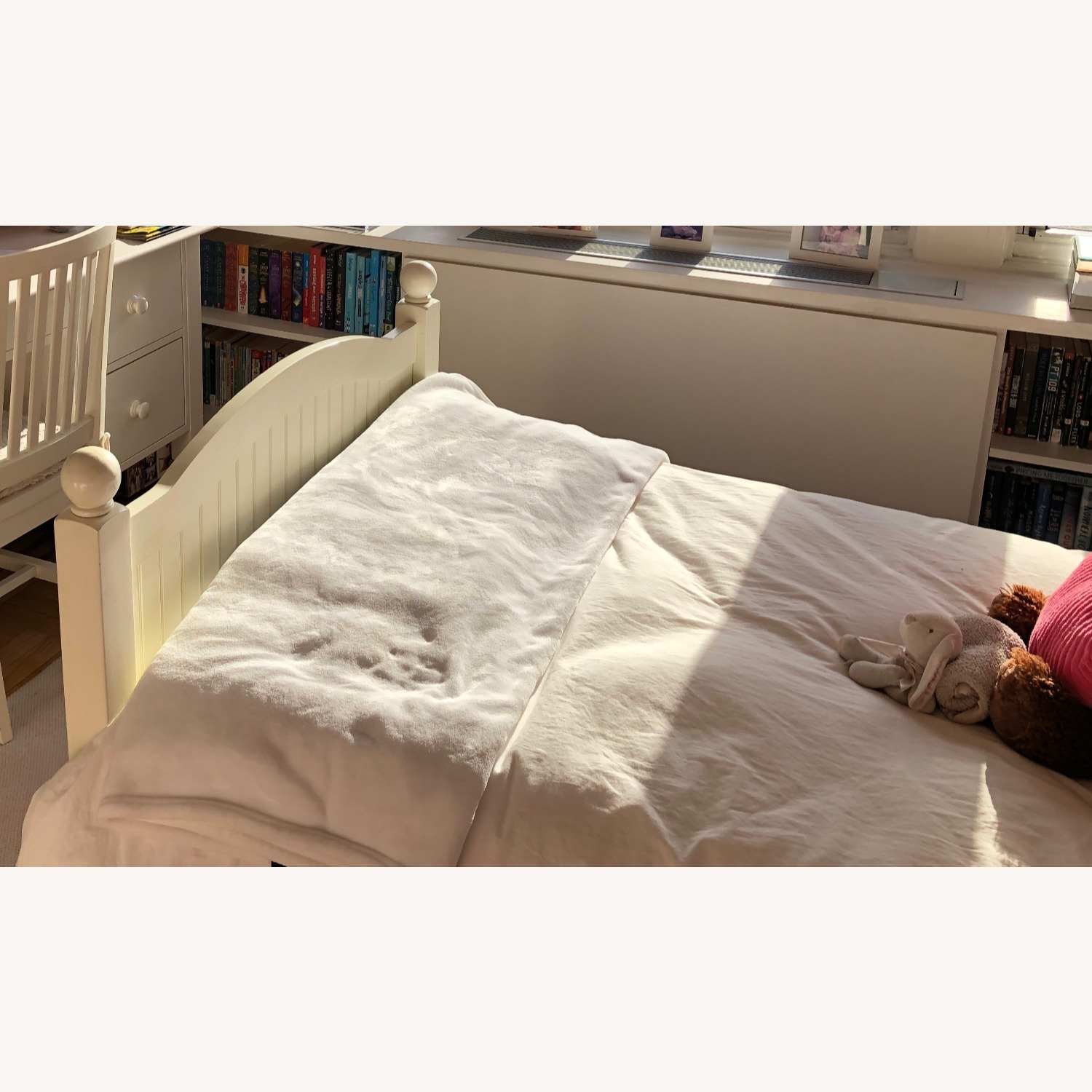 Pottery Barn Kids Catalina Bed, Twin, Simply White - image-3