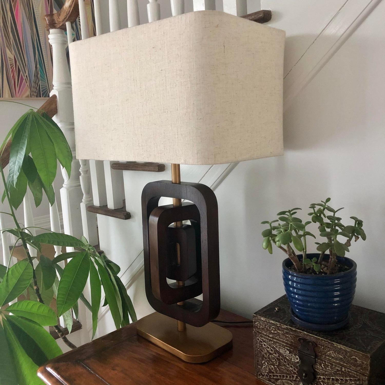 Pivotal Mid Century Design Table Lamp - image-5