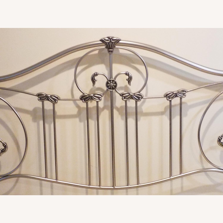 Bassett Queen Size Bed W Metal Headboard - image-2