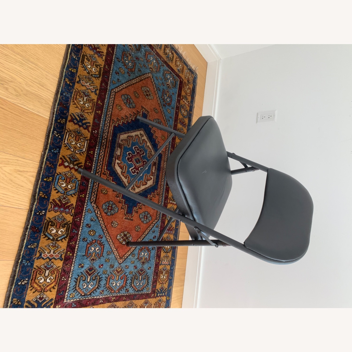 Target Folding Conference Chairs - image-5