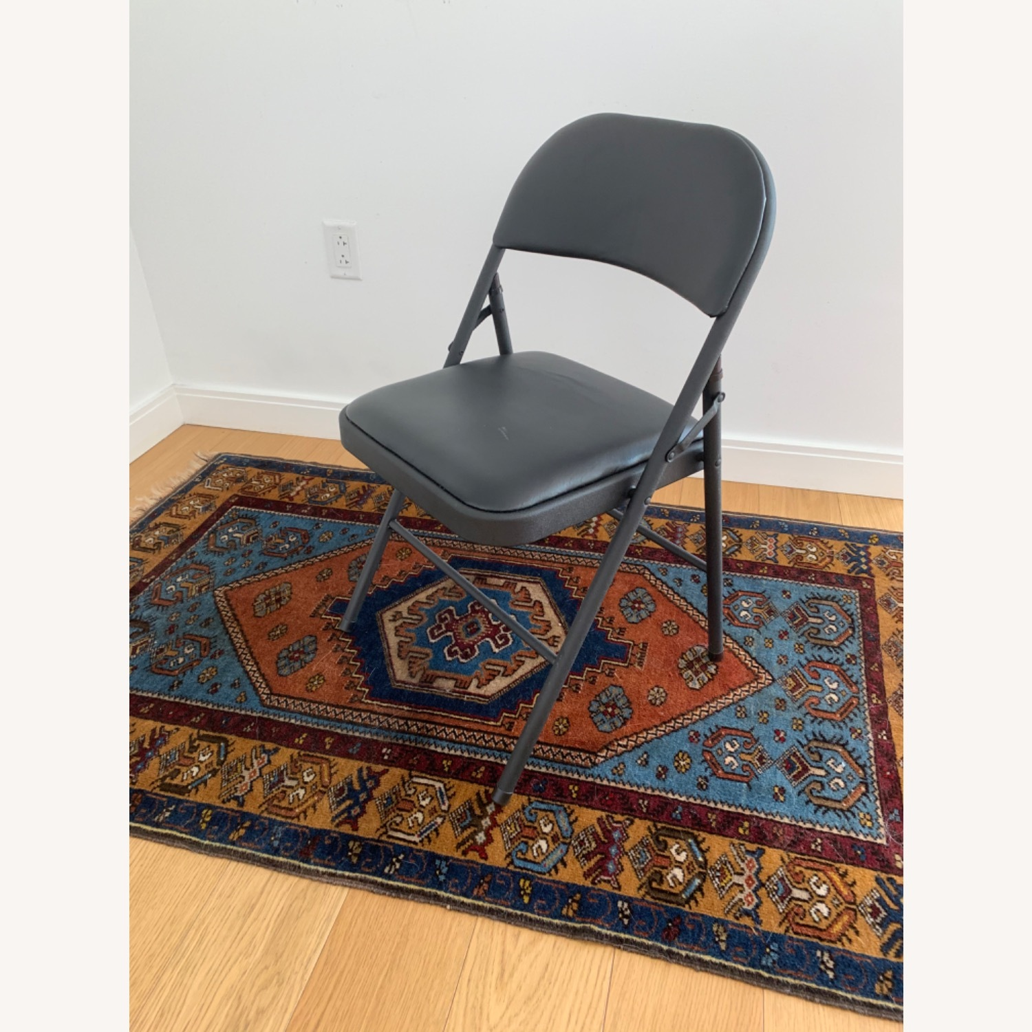 Target Folding Conference Chairs - image-3