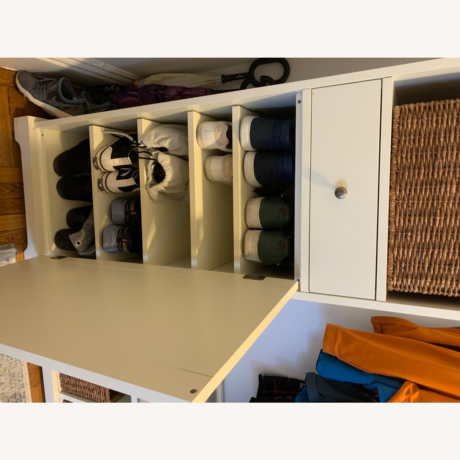 Pottery Barn 3-Piece Bench & Storage Cabinet - image-5