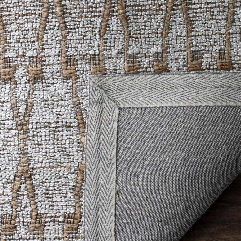 Safavieh Geometric Handmade Flatweave Silver/Natural Rug - image-3