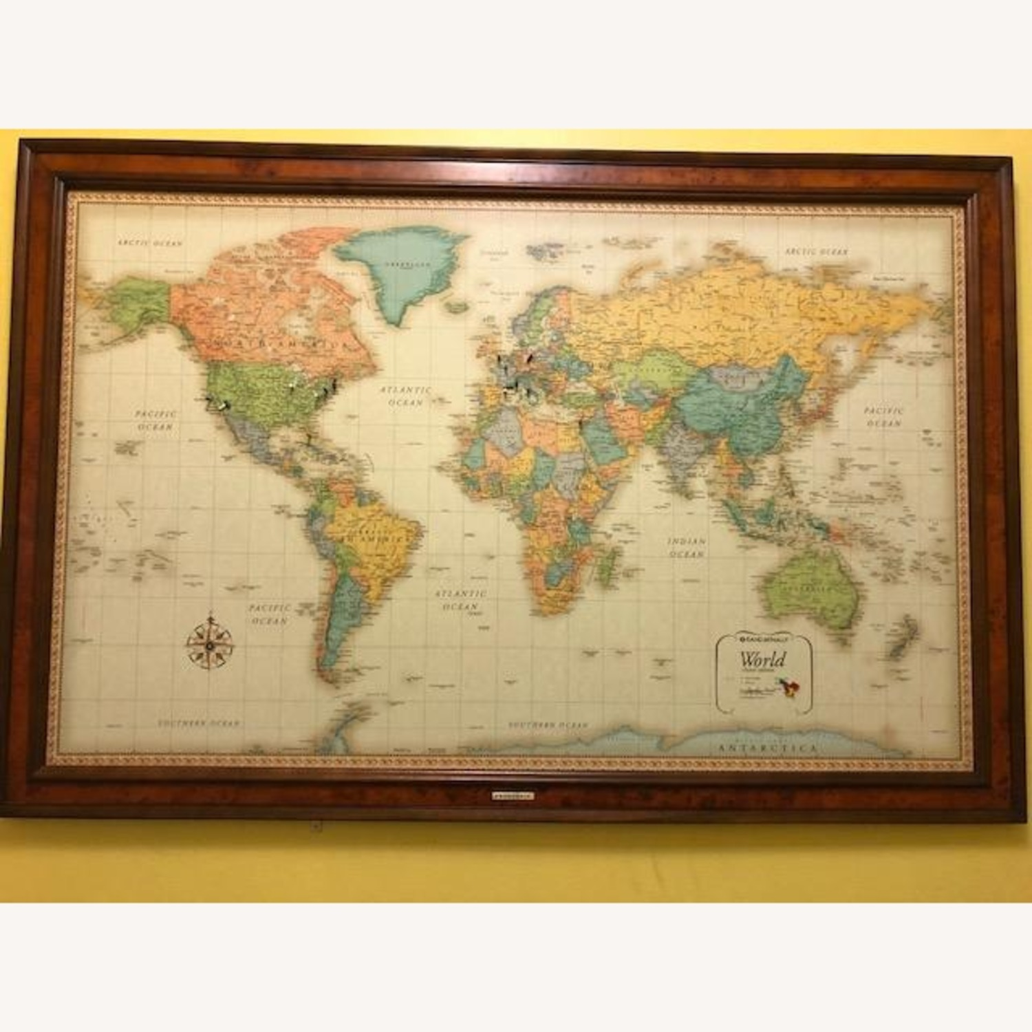Frontgate Antique World Map - image-5