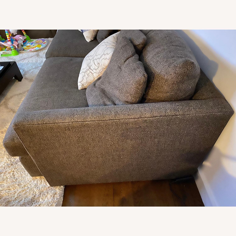 "Crate & Barrel Lounge II 93"" Sofa - image-4"