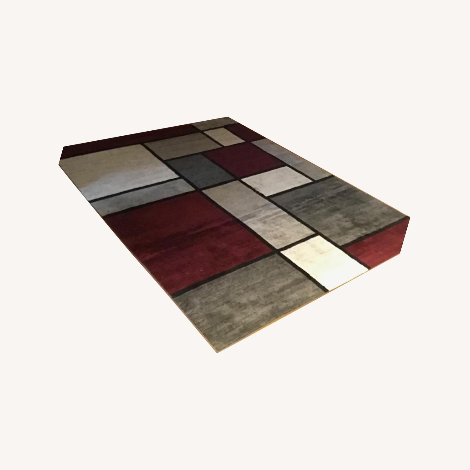 8' x 10' Red White and Grey Area Rug w Rug Pad - image-0