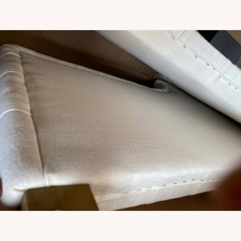 Restoration Hardware Devyn Tufted Twin Daybed - image-4