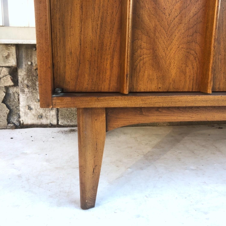 Mid-Century Modern Sideboard w/ Display Top - image-18