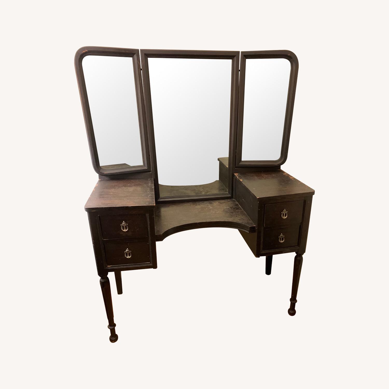 Antique Vanity Table Aptdeco