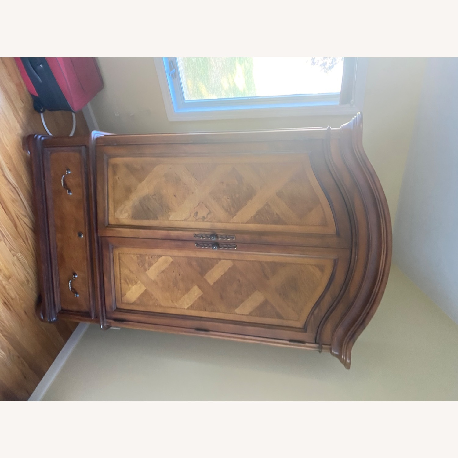 Thomasville Hills of Tuscany Armoire - image-5