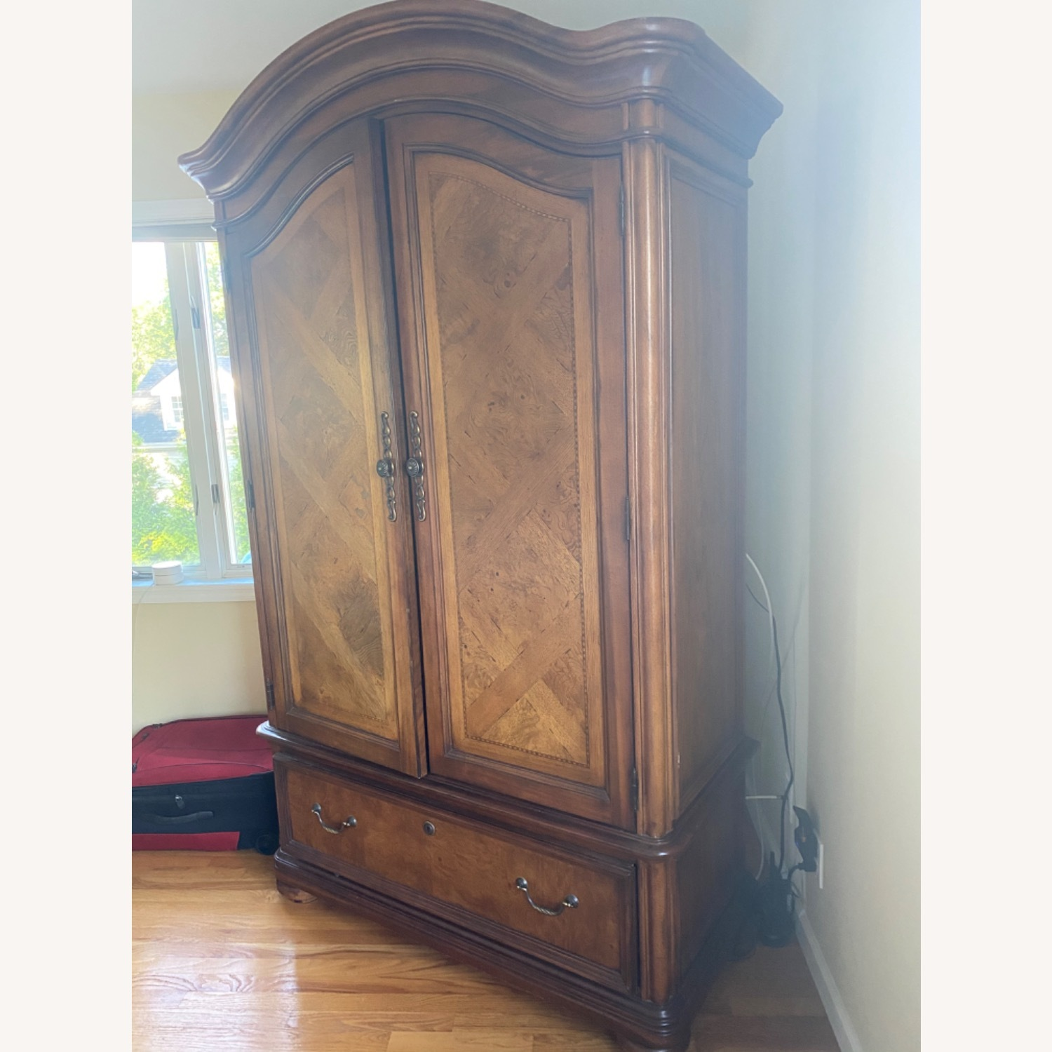 Thomasville Hills of Tuscany Armoire - image-3