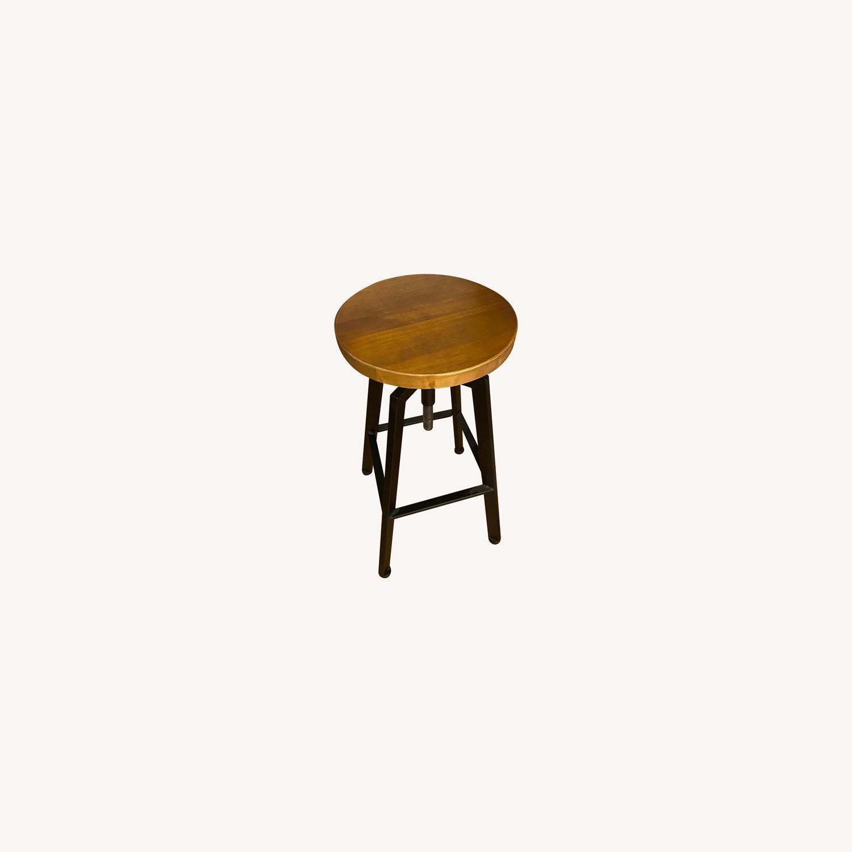 Wood/metal Adjustable Bar Stools - image-0