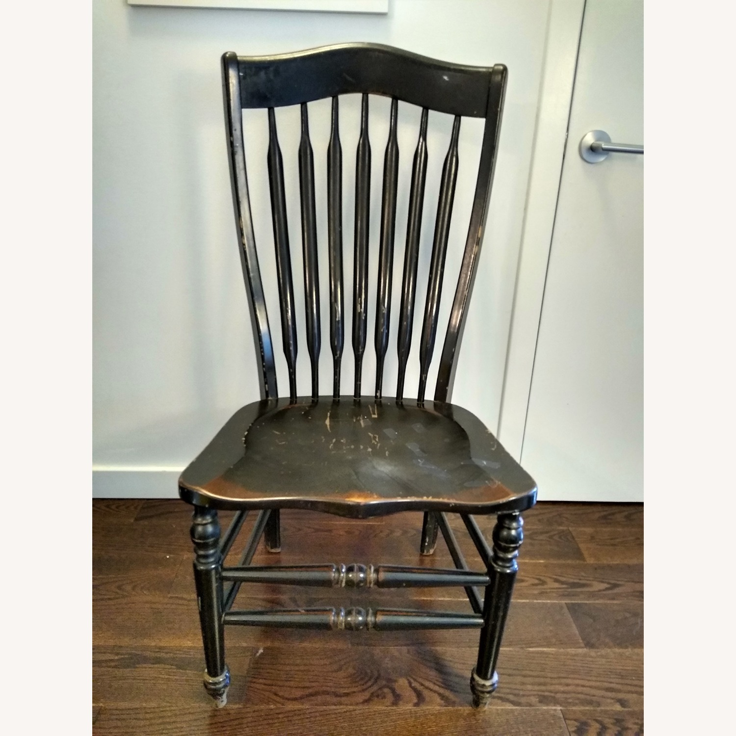 Five Vintage Nichols & Stone Windsor Chairs - image-5