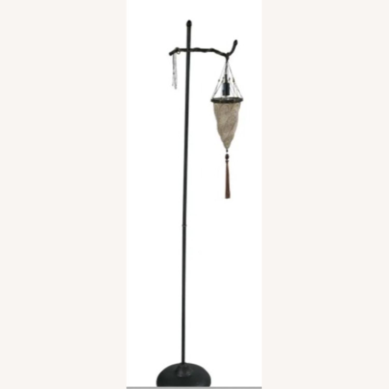 Venetian Floor lamp w silk shade - image-1