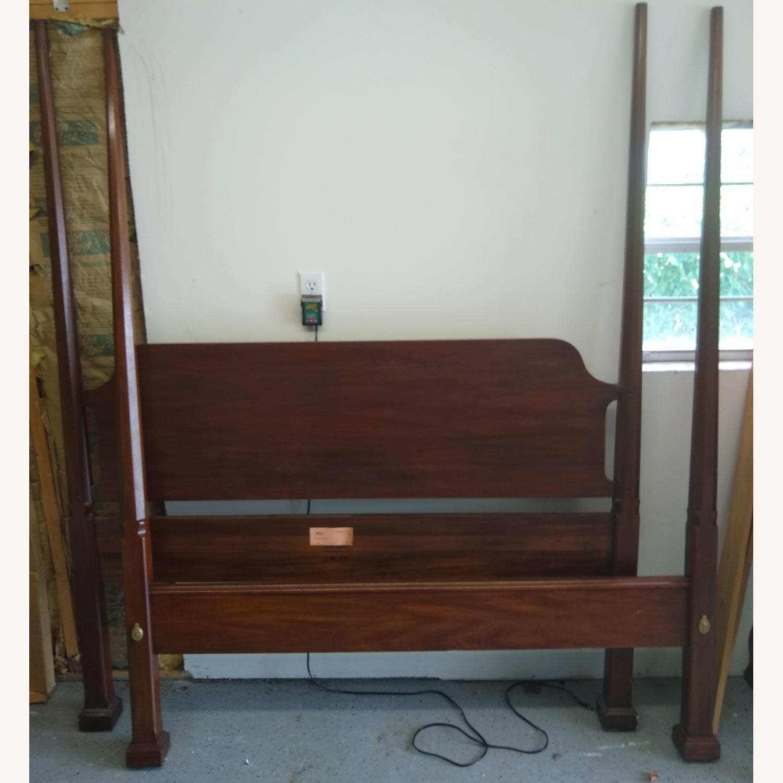 Henkel-Harris Bed Headboard mahogany - image-3