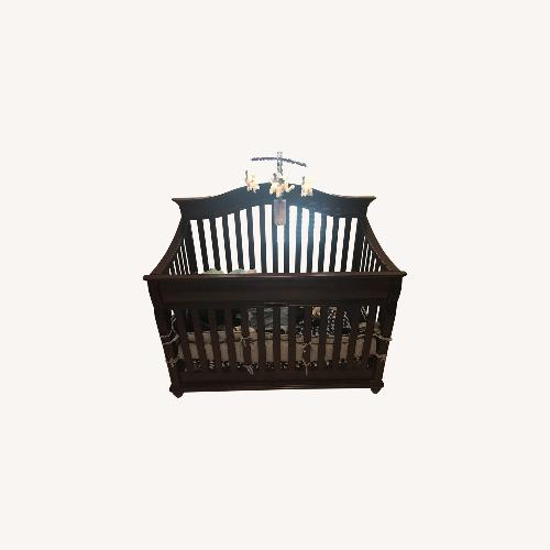 Used Simmons Crib Gender Neutral 3 in 1 for sale on AptDeco