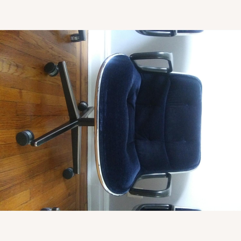 Knoll Vintage Pollock Chairs in Blue Velvet - image-8