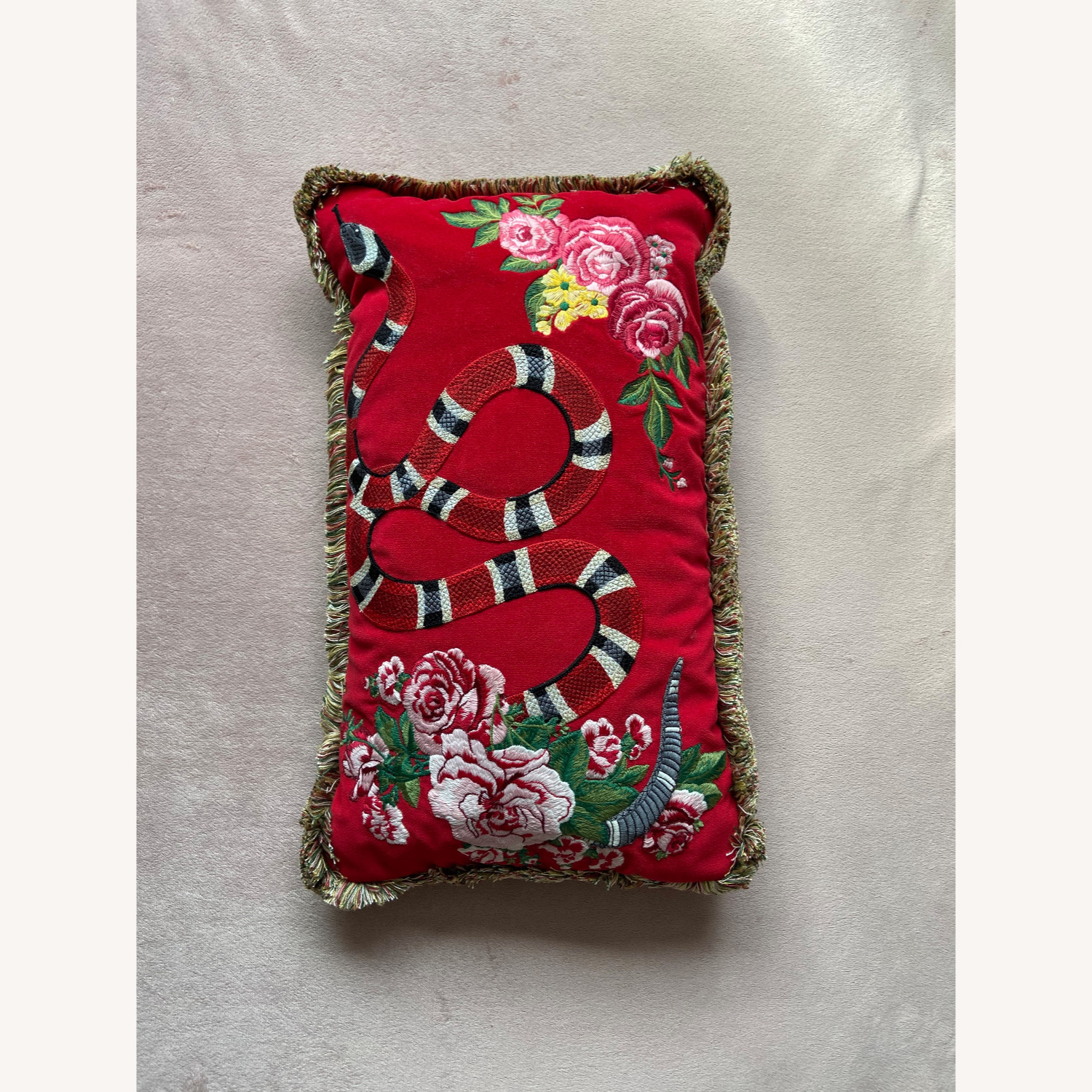 Gucci Kingsnake Pillow Red - image-6
