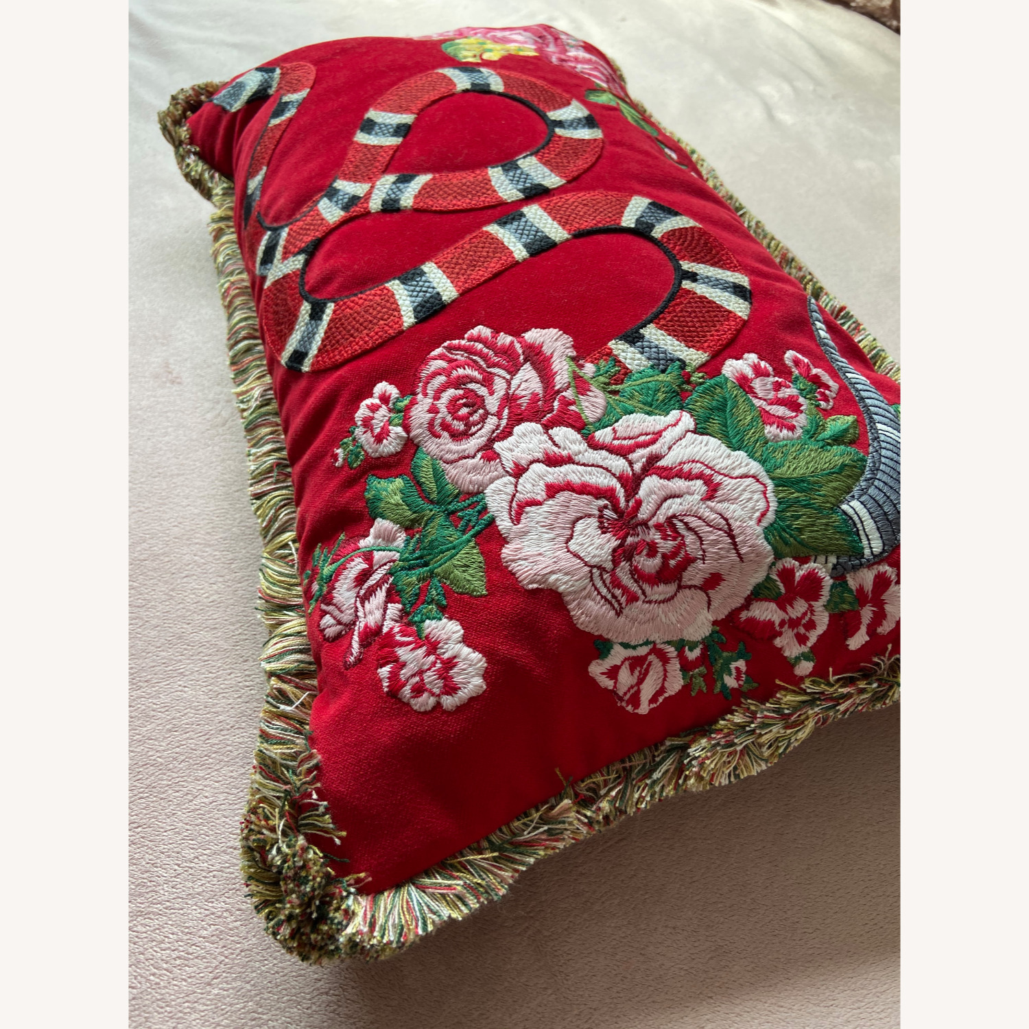 Gucci Kingsnake Pillow Red - image-4