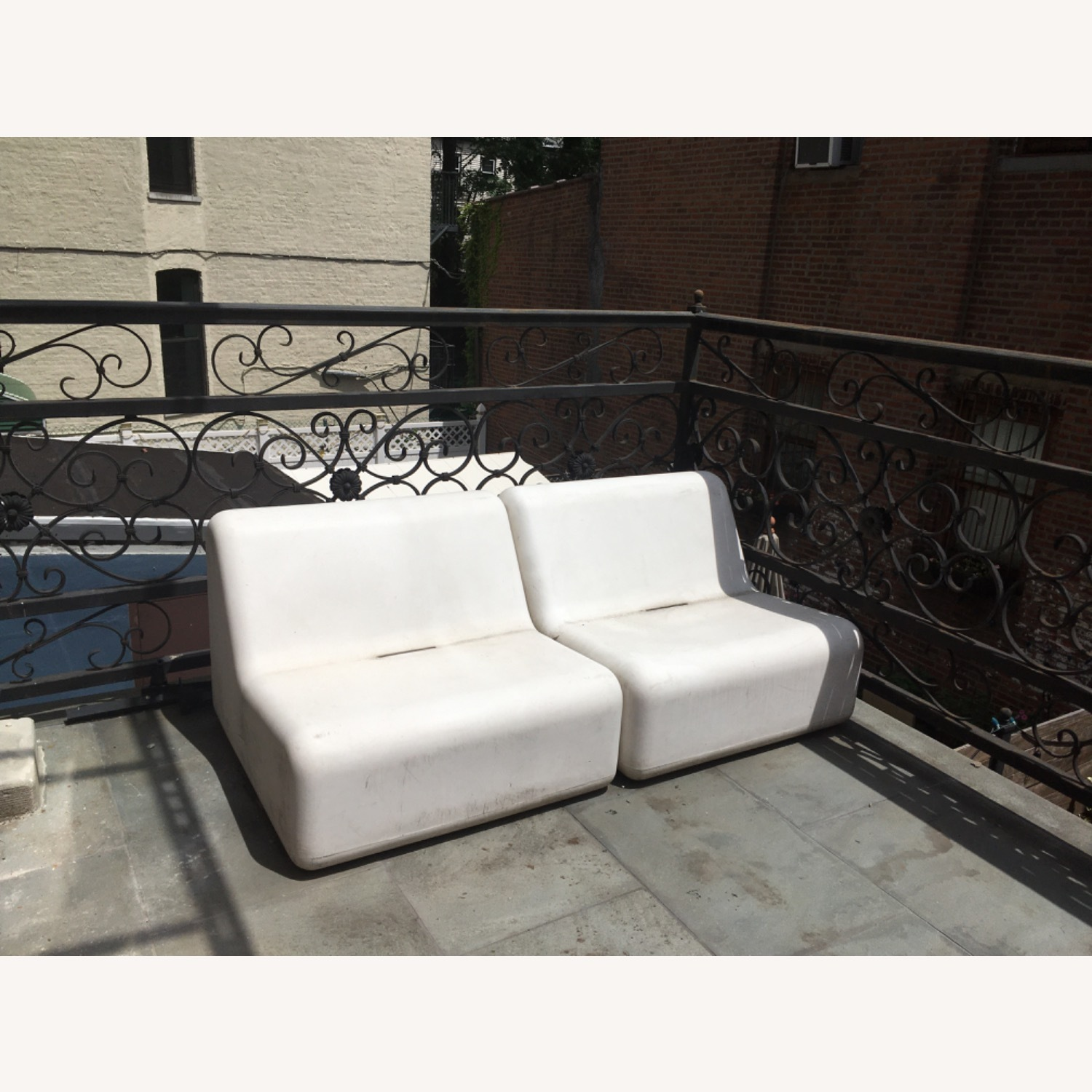 Modern Recycled Plastic Outdoor Seating - image-5