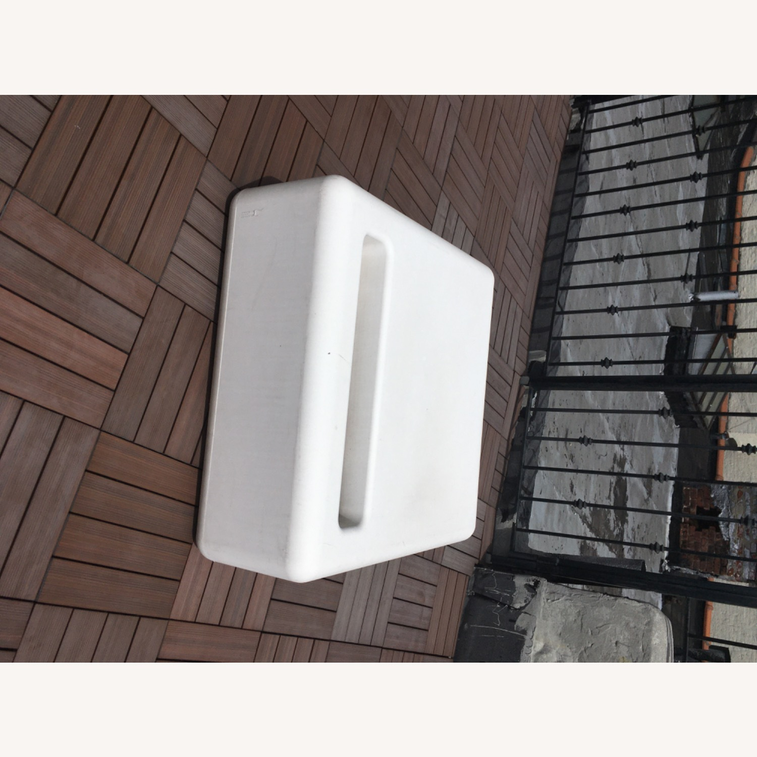 Modern Recycled Plastic Outdoor Seating - image-2