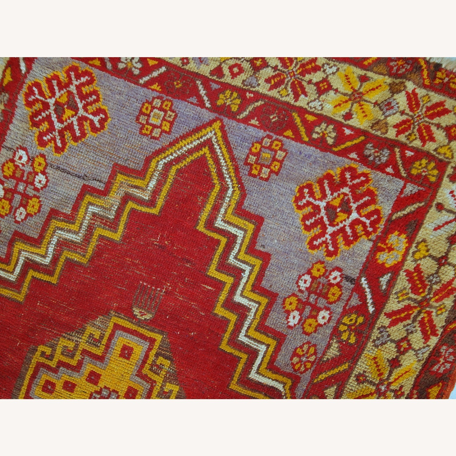 Handmade Antique Turkish Anatolian Rug - image-7