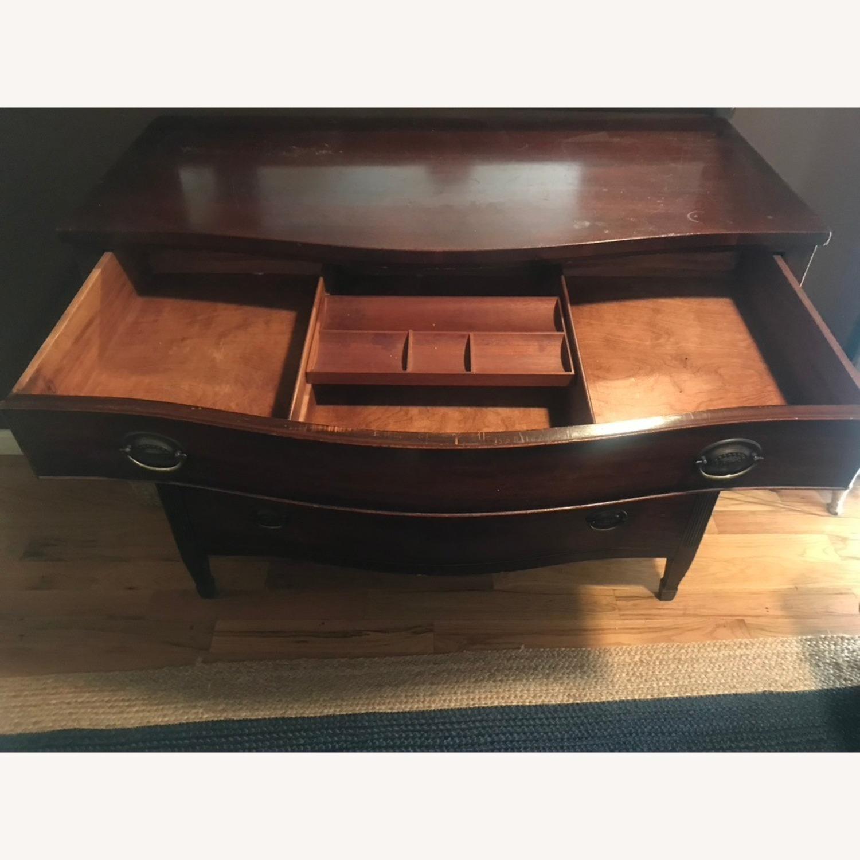 Kindel Furniture Mahogany Chest of Drawers - image-5