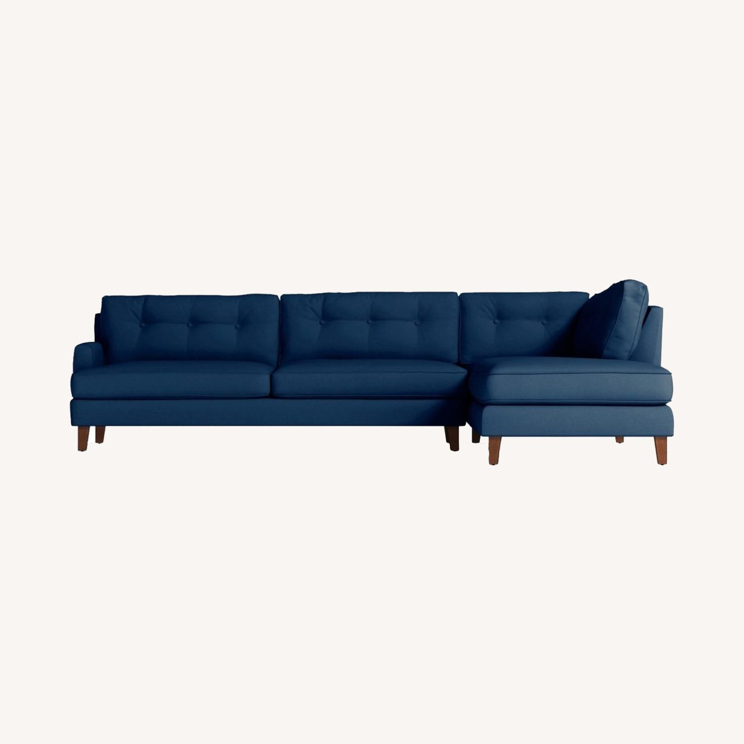 Trendy 2-Piece Sectional Sofa - image-0