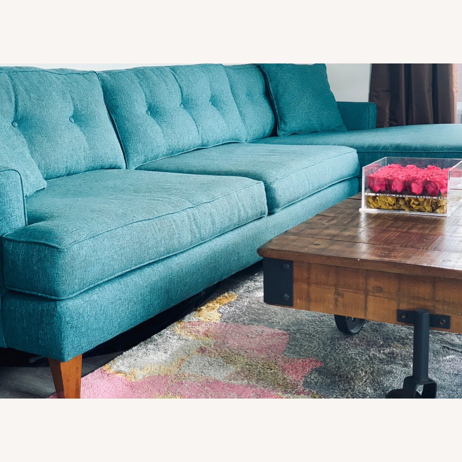 Trendy 2-Piece Sectional Sofa - image-3