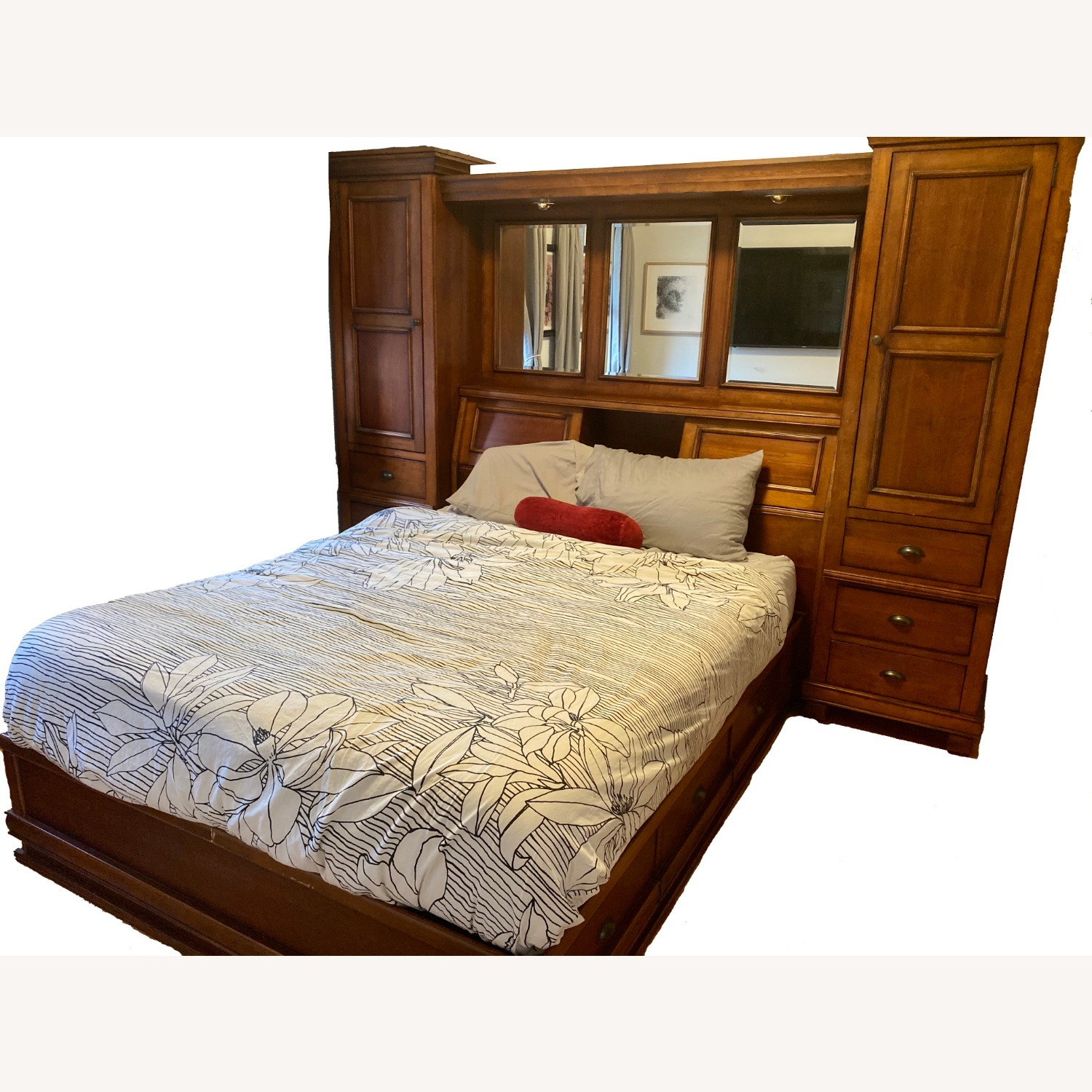 Storage Queen Bed w/ 2 Armoires - image-17