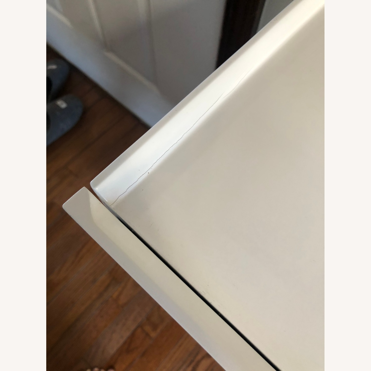 Midcentury Modern White Lacquer and Wood Cabinet - image-3