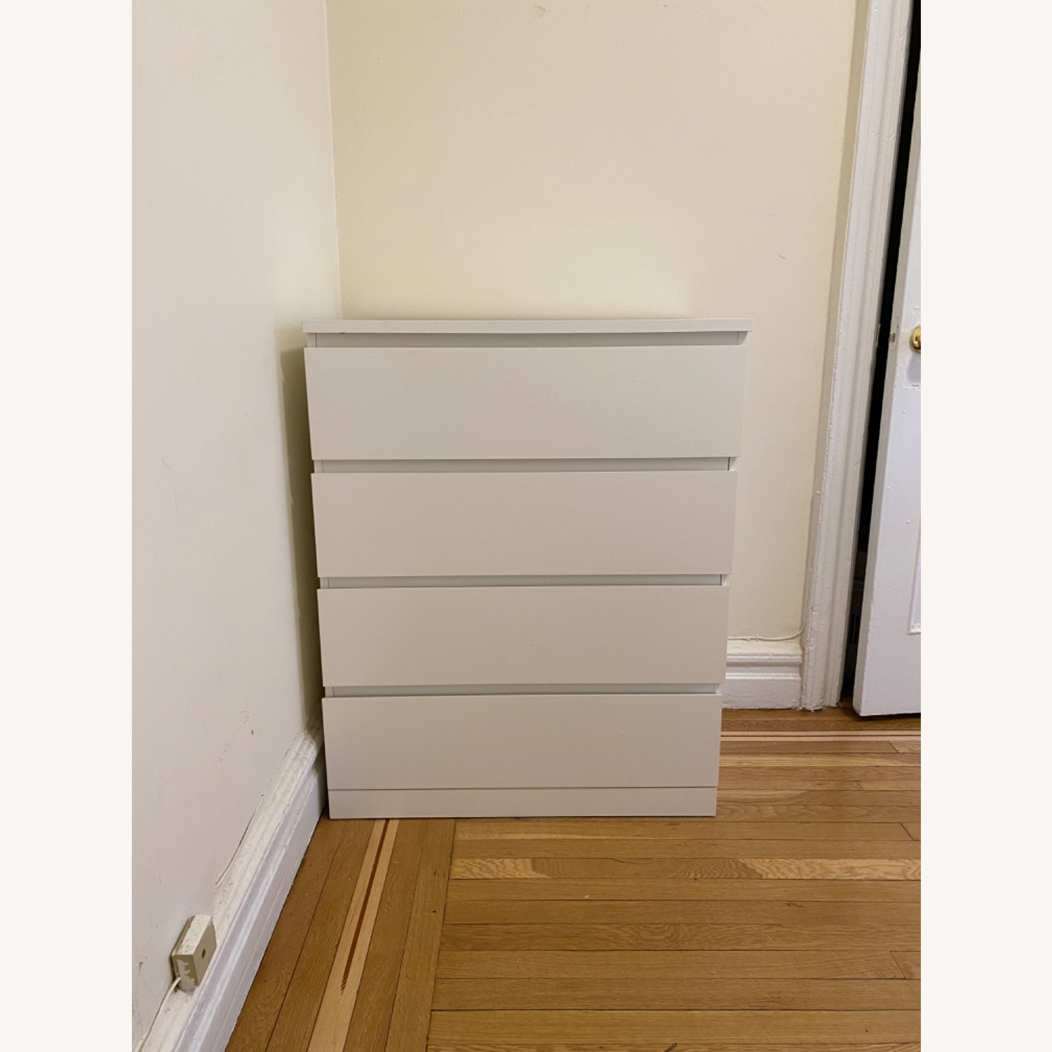 IKEA MALM 4-Drawer Chest - image-6