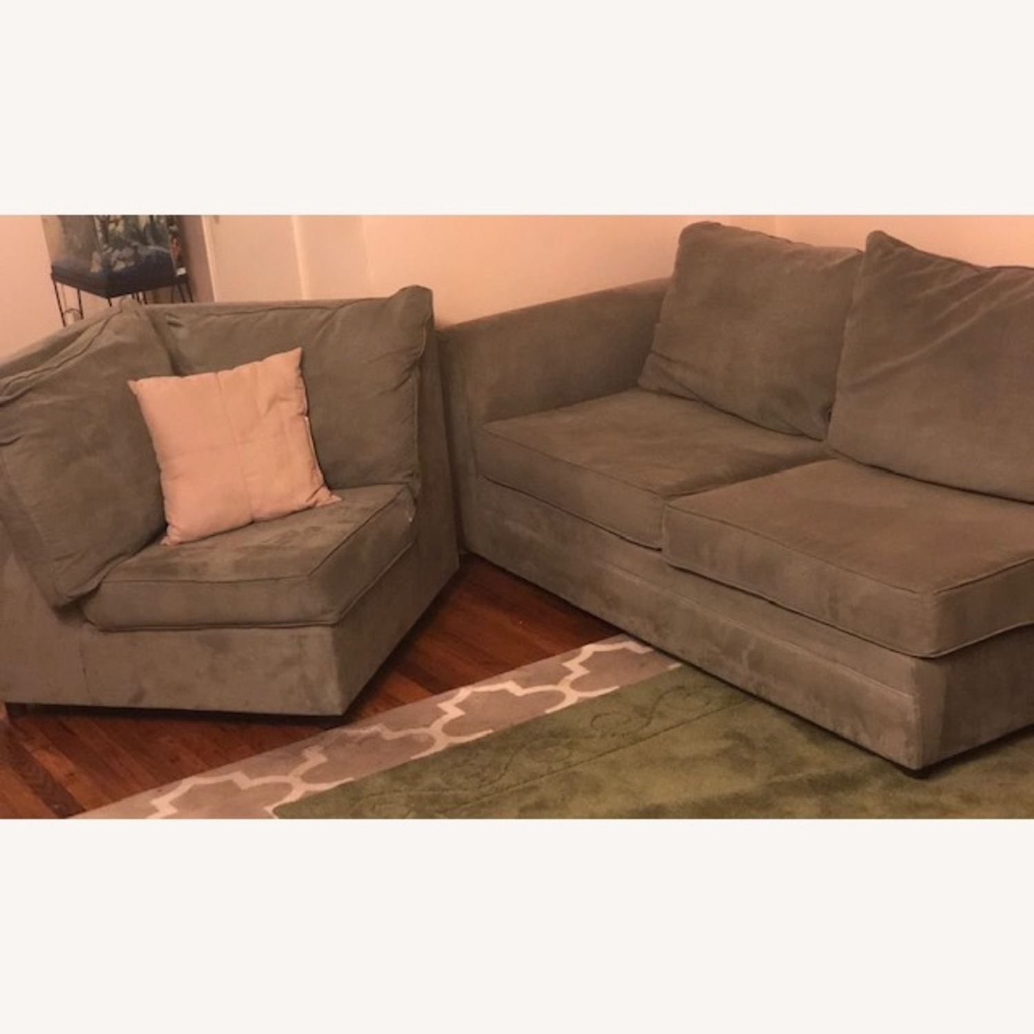 Bob's Discount Right Arm 2 Seater Sofa and Corner Chair - image-5