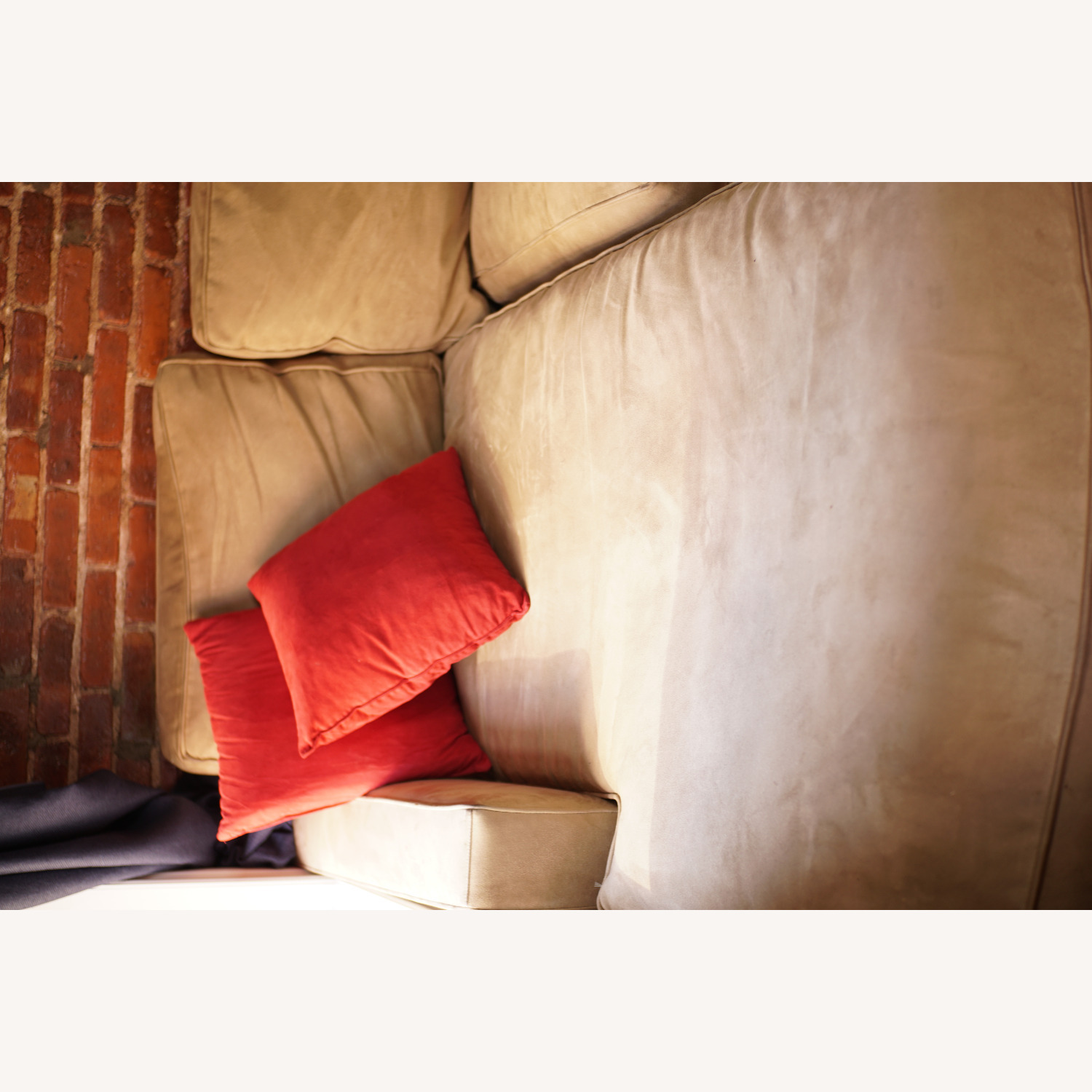 Medium Comfy Couch - image-4