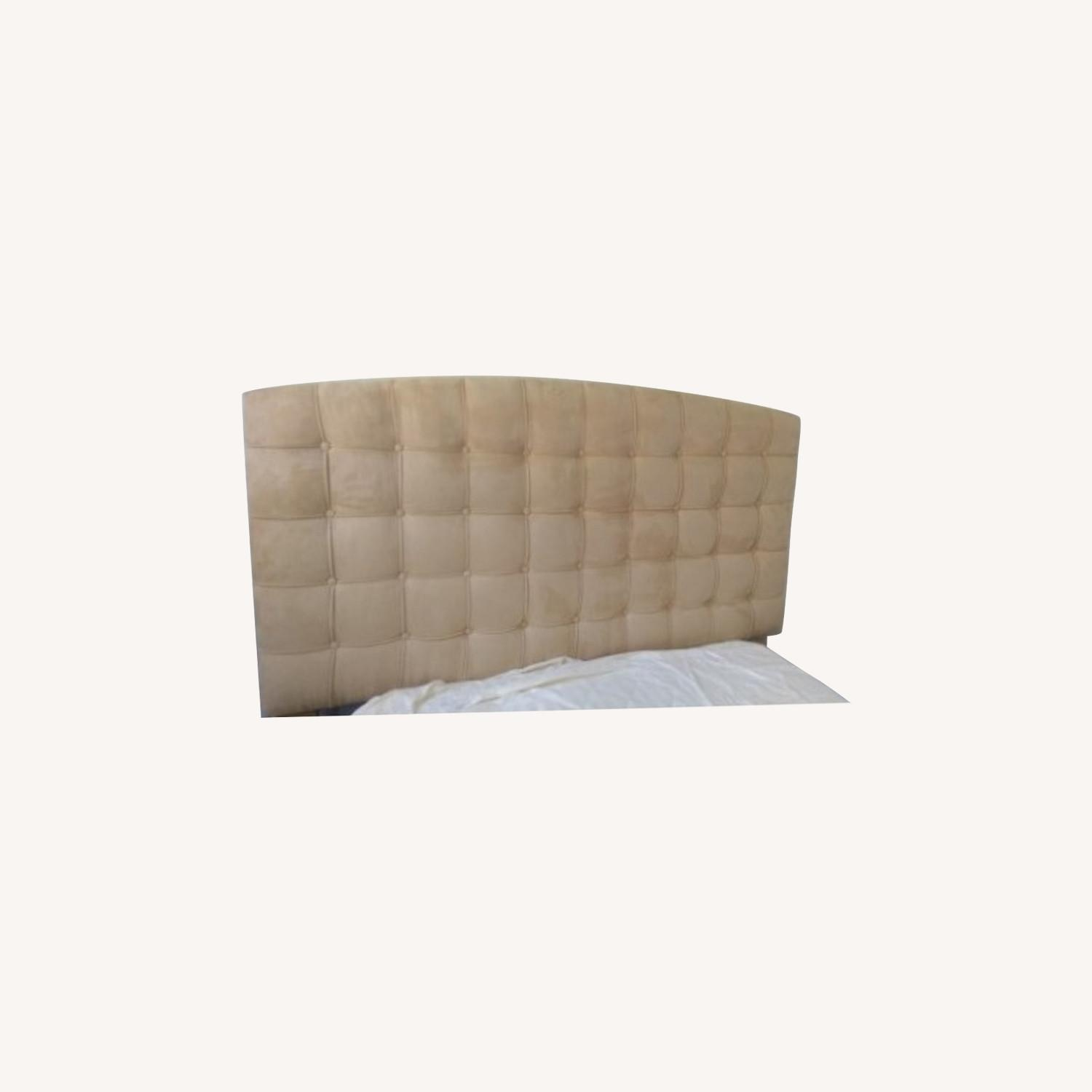 Annabel Tufted Button Headboard w/ Platform included - image-0