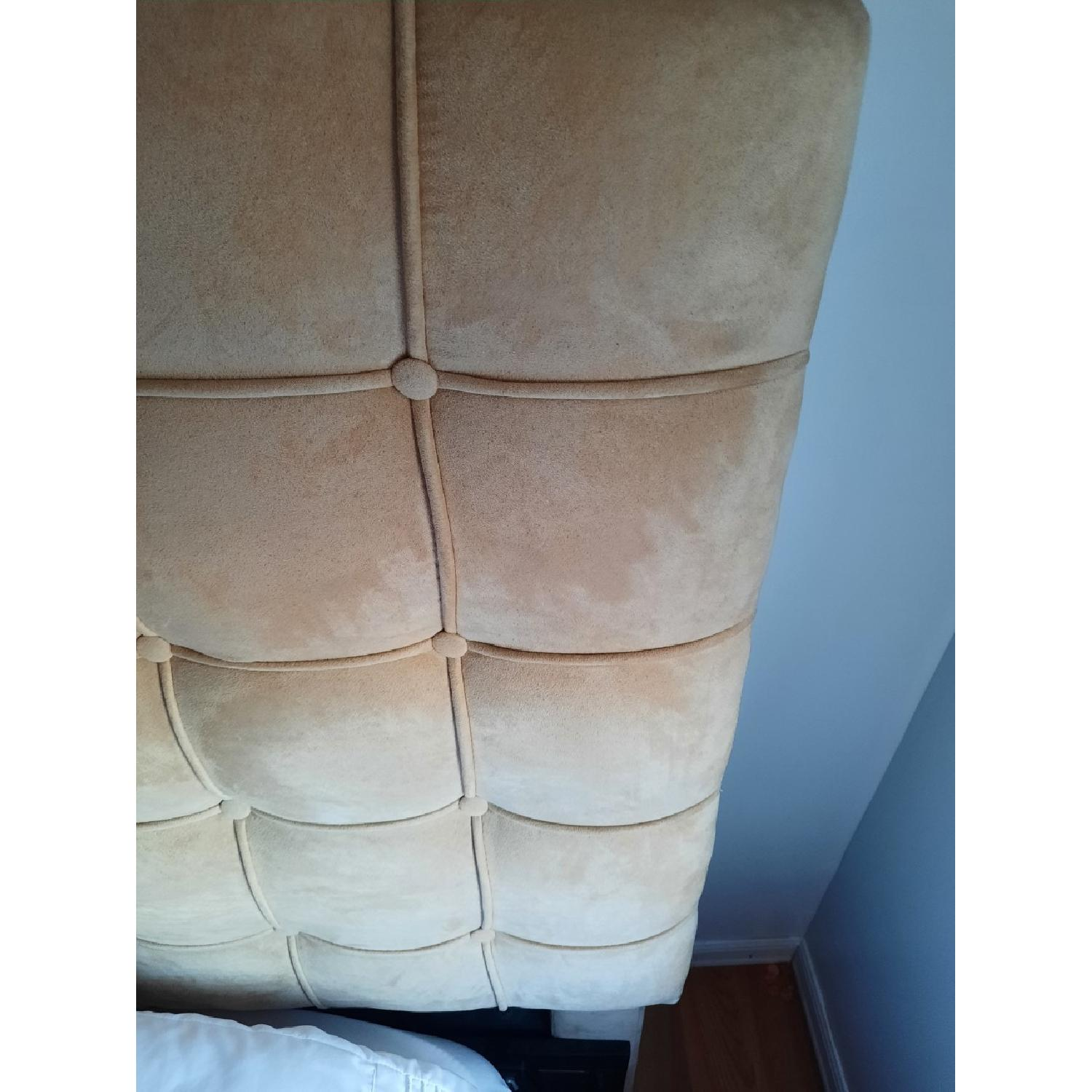 Annabel Tufted Button Headboard w/ Platform included - image-6
