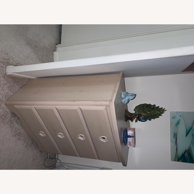 4 Drawer Dresser - image-3