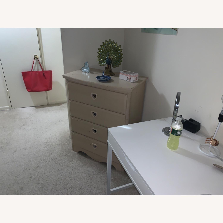 4 Drawer Dresser - image-2