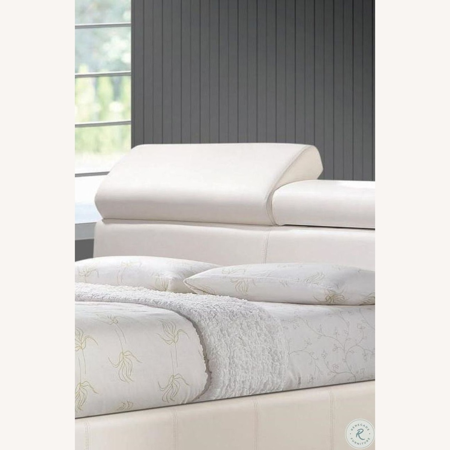 Modern Queen Bed In White Leatherette - image-1