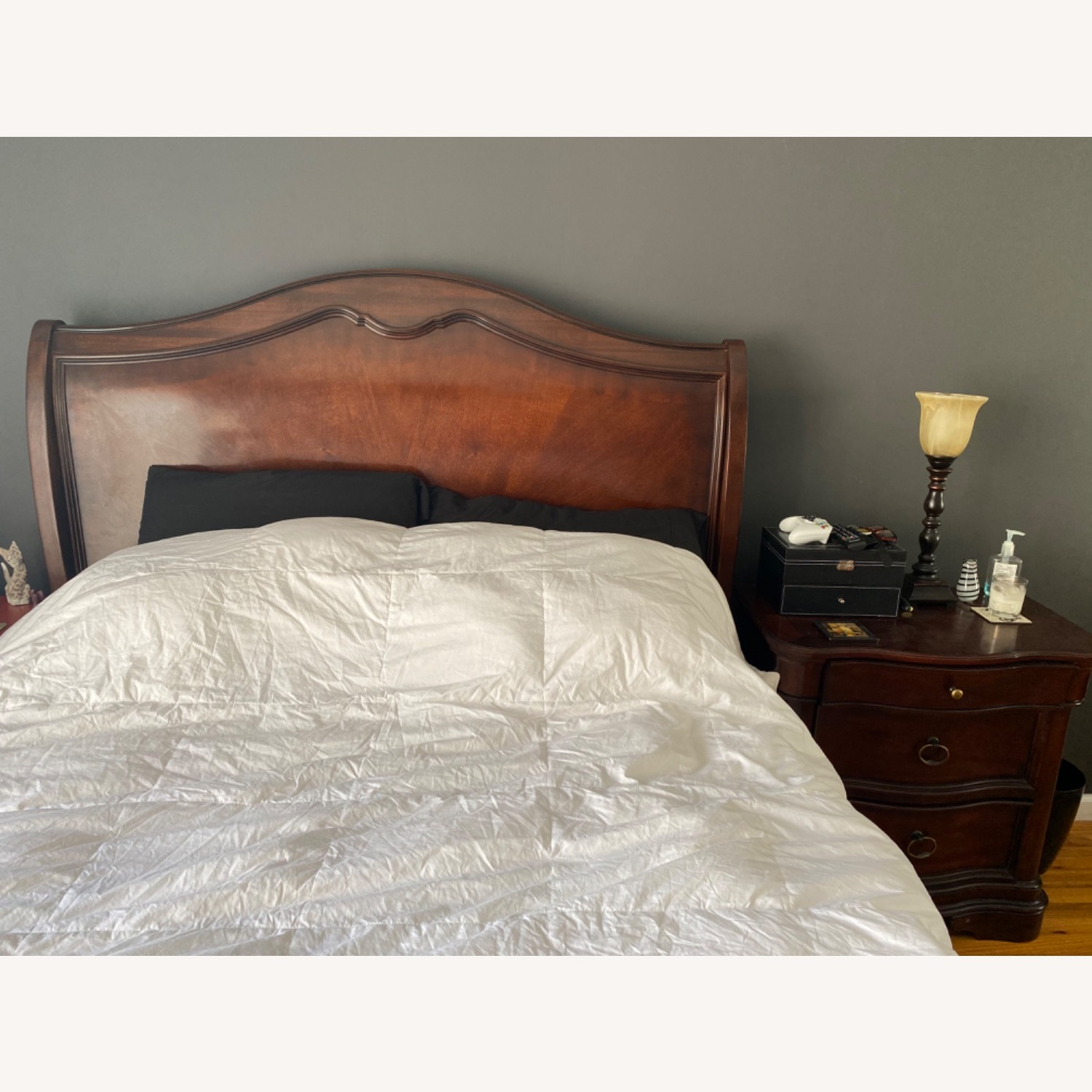Raymour & Flanigan Sleigh Queen Bed - image-3