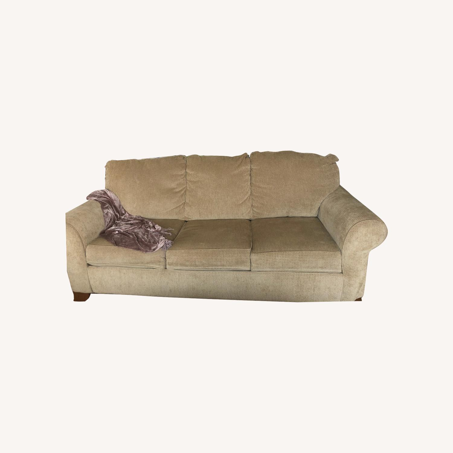 Picture of: Ashley Furniture Queen Size Sofa Bed Aptdeco