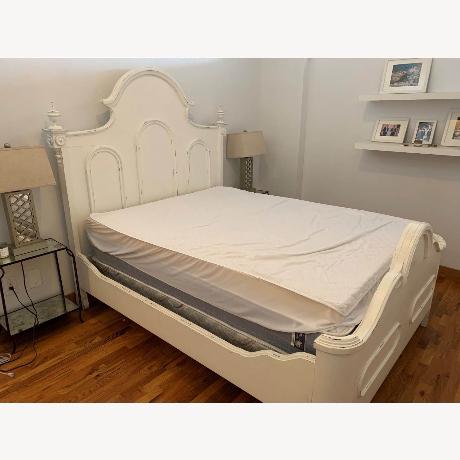 Lillian August White Bed - image-2