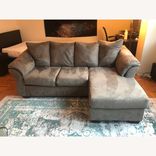 Used Cobblestone 3 Piece Sectional for sale on AptDeco