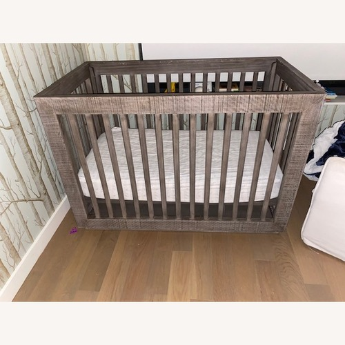 Used Baby Trend Baby Crib for sale on AptDeco