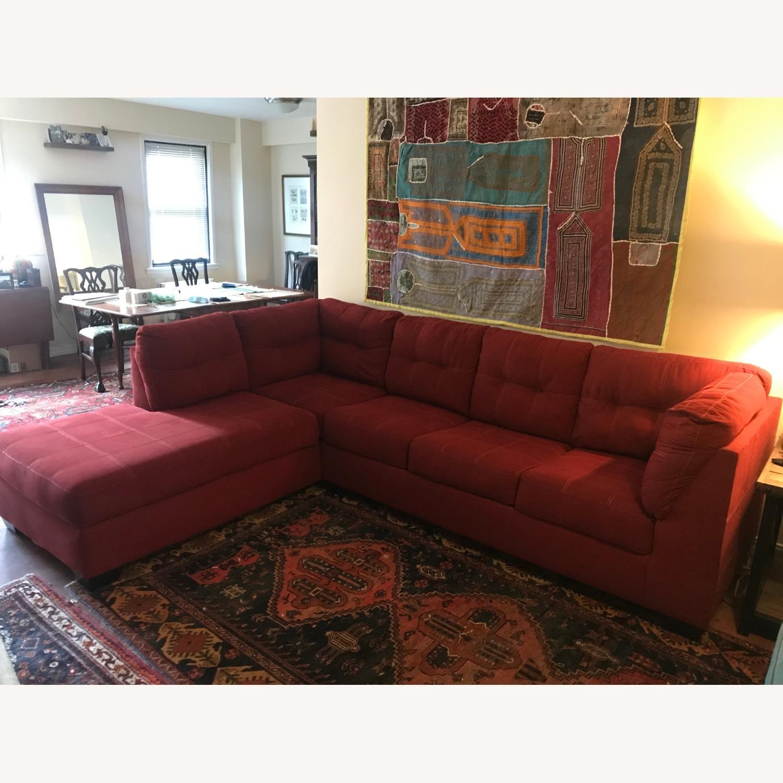 Jennifer Furniture Sectional w/Queen Sleeper - image-1
