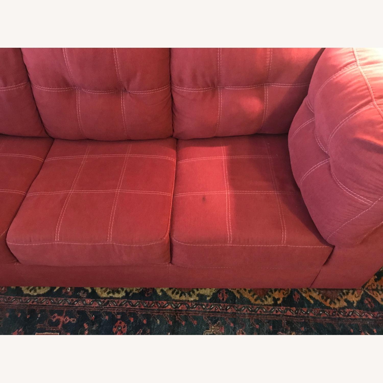 Jennifer Furniture Sectional w/Queen Sleeper - image-3