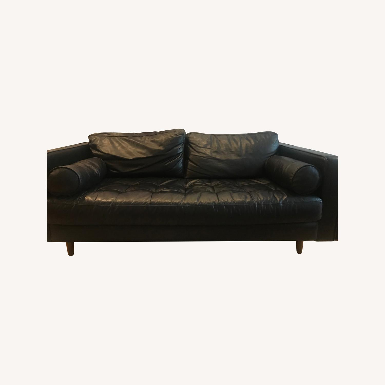 Article Couch - image-0