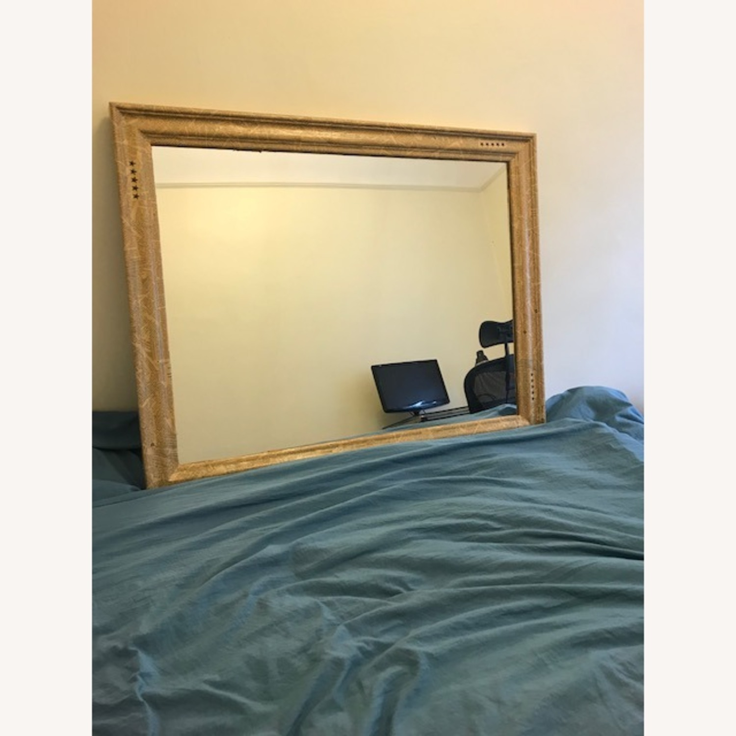 Mirror with Antique-style Frame - image-2
